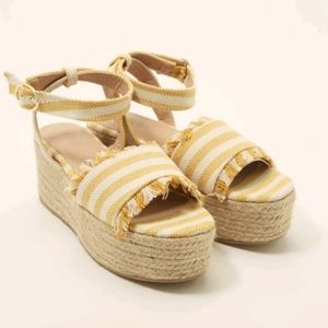 CHARLOTTE RUSSE YELLOW STRIPED ESPADRILLE WEDGE.